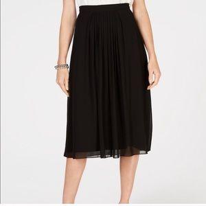Anne Klein NWT pleated black midi skirt 10P re $99